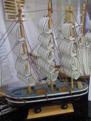 Модель корабля 30*28см (уп.1/24шт.)
