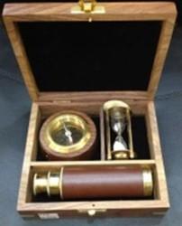"""Настольный набор """"Мореплаватель"""": компас, подзорная труба, песочные часы 16*14*5см (уп.1/20наб.)"""