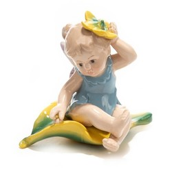 Фигурка декоративная Малышка 12см (уп.1/36шт.) без выбора цвета микс